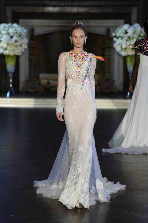 لباس عروس بلند در هفته مد لندن - مدل شماره 1
