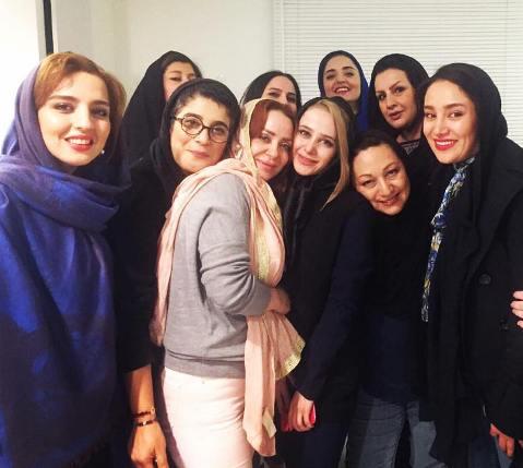 الناز حبیبی و نرگس محمدی با خواهرانشان در یک مهمانی زنانه! عکس