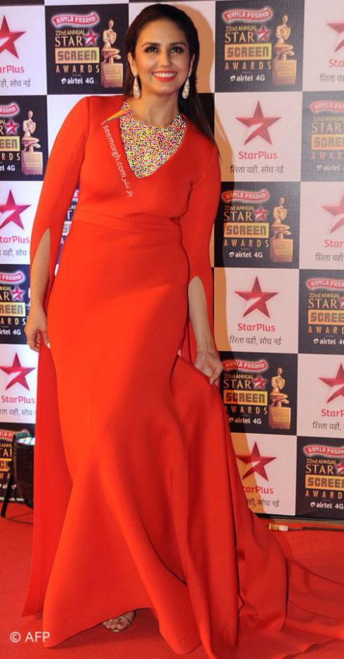 مدل لباس هما قریشی Huma Qureshi روی فرش قرمز بالیوود - مدل شماره 8