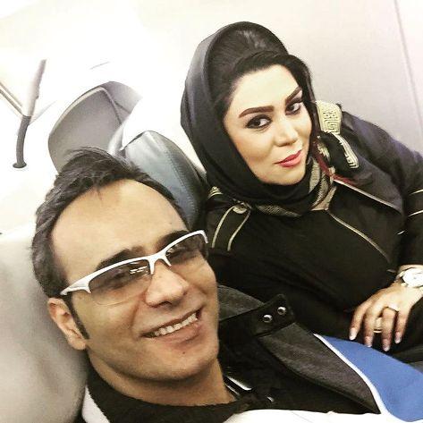 شهرام شکوهی و همسرش در هواپیما