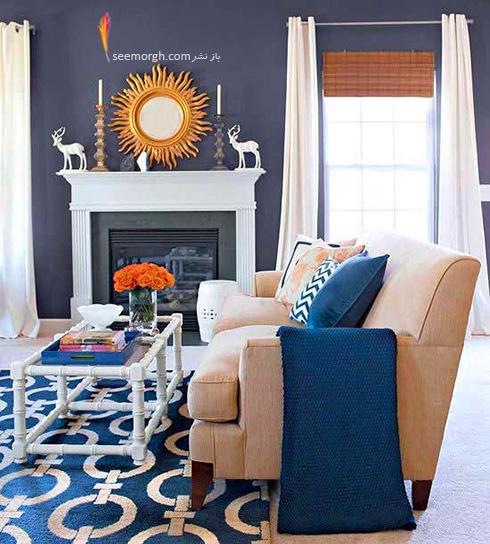 ترکیب آبی تیره و کرم برای یک اتاق نشیمن دلباز