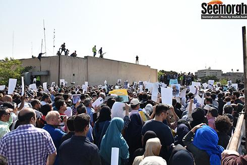 حضور گسترده مردم در مراسم عباس کیارستمی