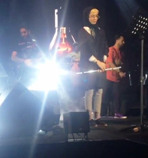 نوازندگی پریا قاسمخانی در کنسرت