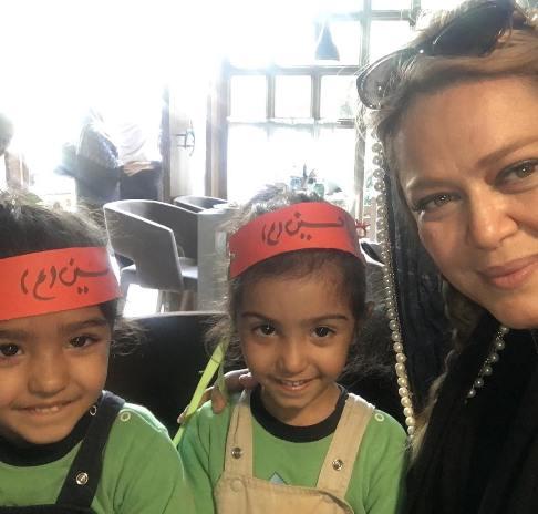 عکس بهاره رهنما در کنار دو عزادار حسینی!