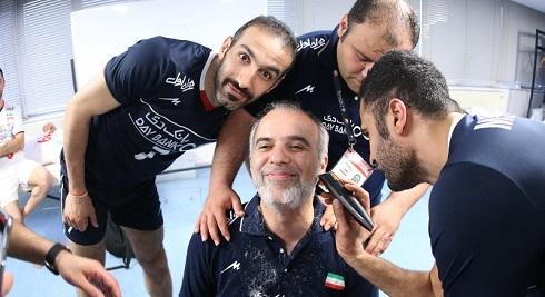 تراشیده شدن ریش های سرپرست والیبال ایران