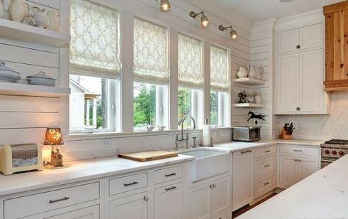 پرده های کرم روشن مناسب برای خانه های کم نور