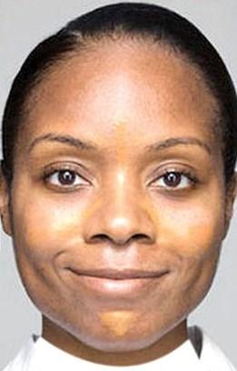 مرحله دوم حرفه ای کرم پودر زدن : پوست صورت تان را زیرسازی کنید