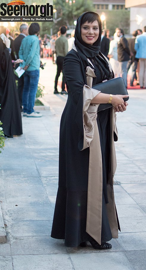 مدل لباس روشنک عجمیان در جشن حافظ