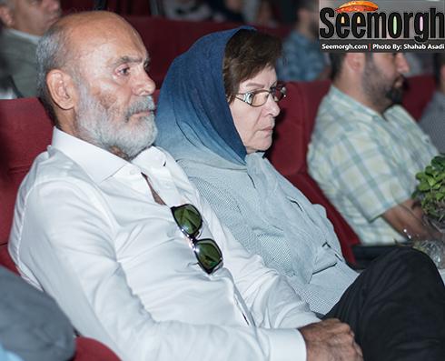 جمشید هاشم پور و همسرش در مراسم رونمایی از فیلم های پوران درخشنده