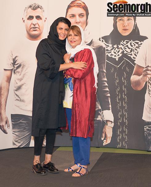 چهره خندان لیلا حاتمی و مادرش در اکران فیلم من! عکس