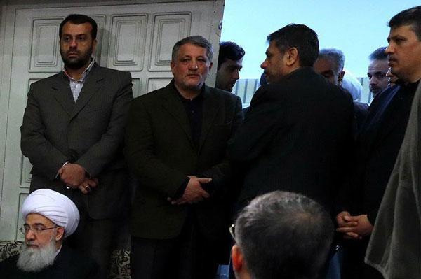 مهدی و محسن هاشمی در مراسم ترحیم آیت الله+ عکس