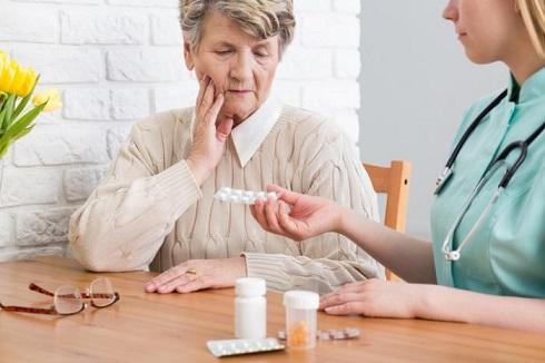 3. داروهای ضدالتهابی  PMS ( سندرم پیش از قاعدگی ) مانع تحلیل رفتن مغز به دلیل آلزایمر میشود