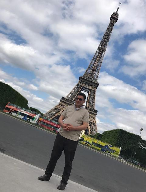سفر تفریحی امیر قلعه نویی و خانواده اش به فرانسه