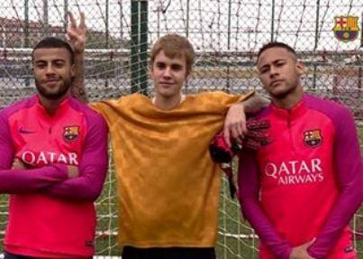 جاستین بیبر در تمرین تیم بارسلونا 2