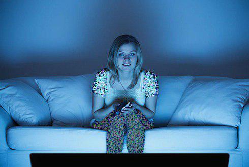11.برای کاهش وزن هنگام خواب تلویزیون را خاموش کنید