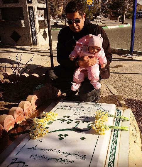 عکس جدید آزاده نامداری از همسر و دخترش