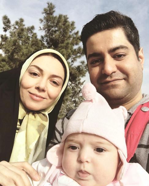 عکس جدید آزاده نامداری به همراه همسر و دخترش گندم