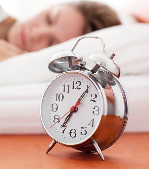 5.برای کاهش وزن در شب آشپزخانه را زود تعطیل کنید