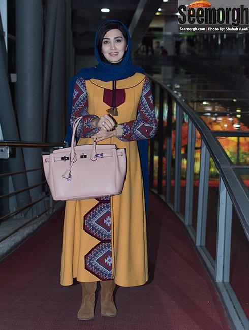 گالری چی طراح لباس مانتو مریم معصومی در جشنواره فجر 35 - عکس شماره 1