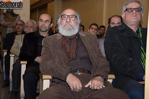 داریوش ارجمند در مجلس ترحیم علی معلم