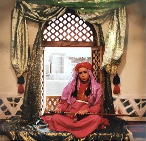 عکس کودکی مهراوه شریفی نیا در نقش قطام
