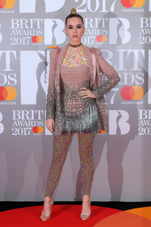 مدل لباس کیتی پری Katy Perry در جوایز موسیقی بریتانیا British awarsd 2017