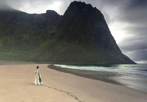 سفر 45 روزه با لباس عروس 3