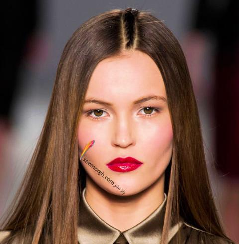 آرایش لب با رژ لب قرمز متناسب با پوست طبیعی برای پاییز 2016