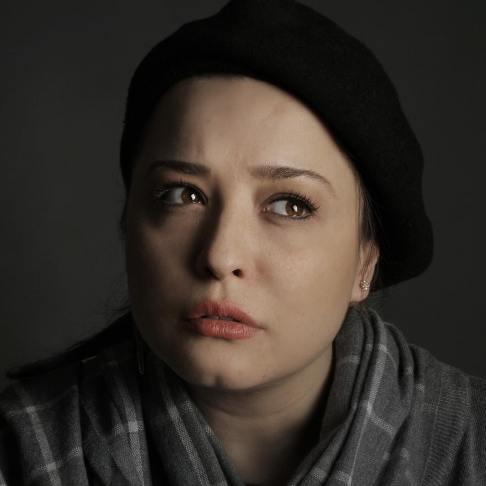 عکس آتلیه ای مهراوه شریفی نیا