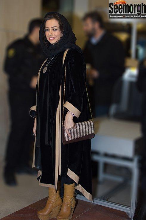 مدل مانتو نفیسه روشن در افتتاحیه جشنواره فجر 35