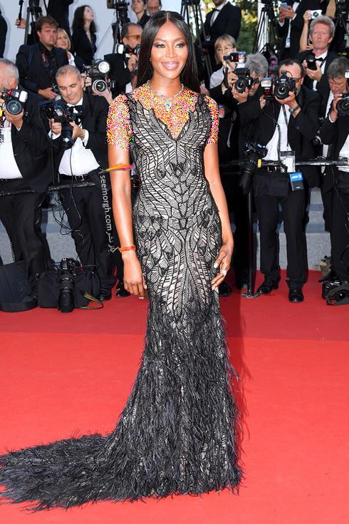 مدل لباس نائومی کمپبل Naomi Kampbel در هفتمین روز جشنواره کن 2017 Cannes