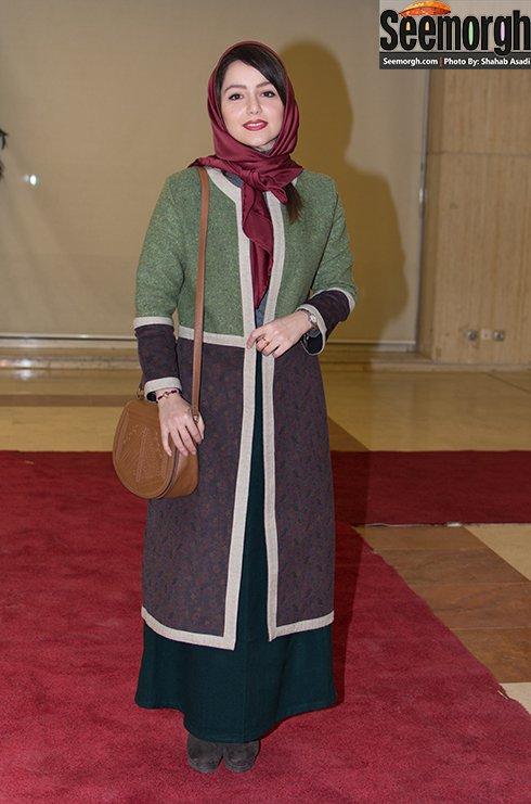 مدل مانتو نازنین بیاتی در افتتاحیه جشنواره فجر 35