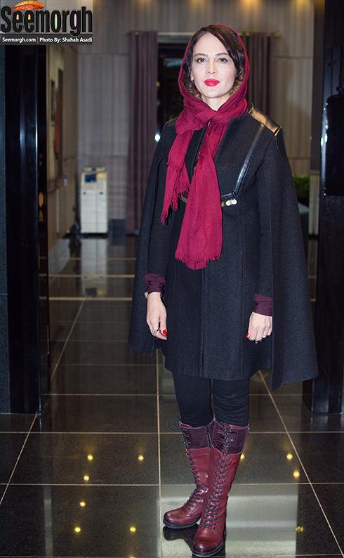 مدل مانتو نگین صدق گوبا در مراسم اکران فیلم ماحی