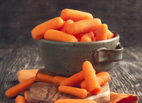 17. هویج های کوچک