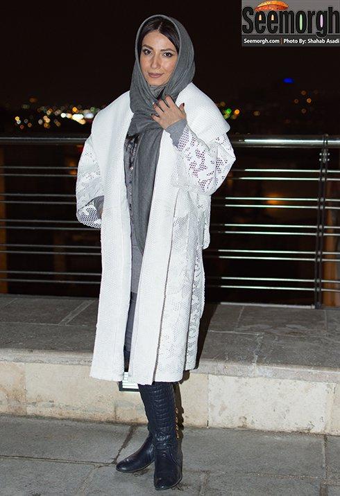 مدل مانتو سمیرا حسن پور در افتتاحیه جشنواره فجر 35