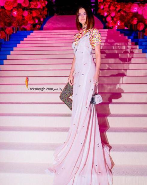 مدل لباس سلنا گومز Selena Gomez در مراسم مت گالا Met Gala 2017