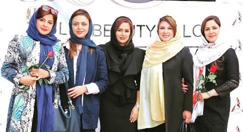بازیگران زن در سالن زیبایی 2