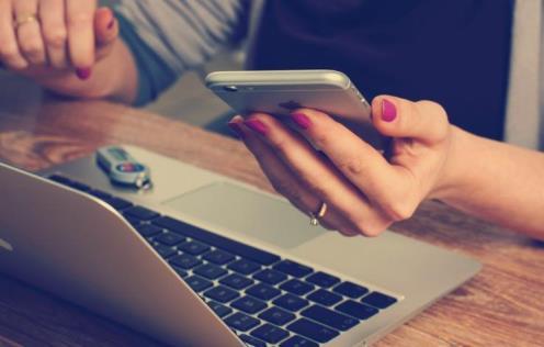موبایل,موبایل اپل,کار با موبایل