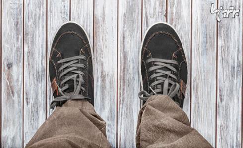 در مراسم عروسی کفش اسپورت نپوشید