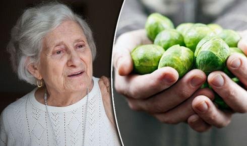 1. در درمان آلزایمر آنچه که می خورید بسیار مهم است