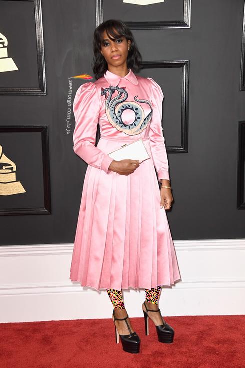 مدل لباس سنتی گلد Santigold در جوایز گرمی Grammy 2017