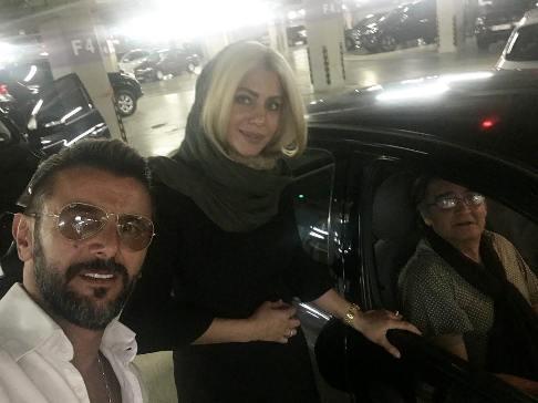 رضا رویگری و همسرش در کنار امین حیایی