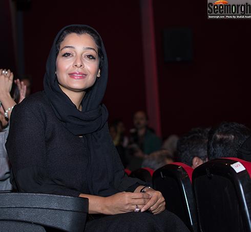 عکس ساره بیات در اکران بیست و یک روز بعد