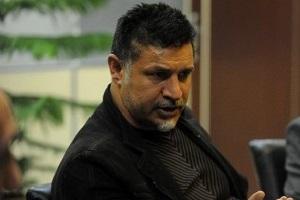 تسلیت علی دایی به فرمانده نیروی انتظامی