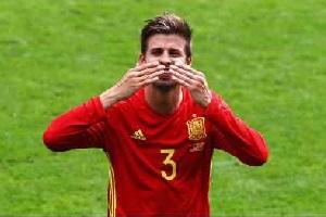 حرکت جالب پیکه و پسرش در یورو 2016 + تصاویر