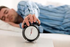 چگونه در ماه رمضان خوابمان را تنظیم کنیم؟