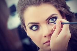 چگونه چشم های زیبا و جذابی داشته باشیم؟